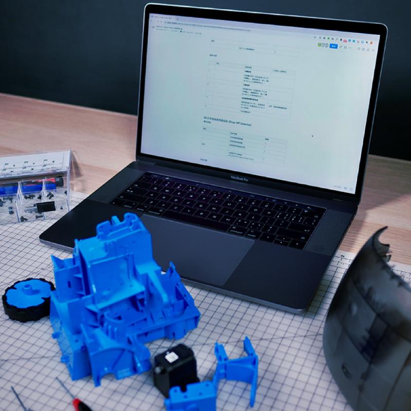 Kebbi Air S – Robot Creator 機器人組裝套件 說明書是組裝體驗很重要的一環,我們提供圖文並茂的組裝說明書、完整的組裝影片,還有專人客服團隊,即時回應組裝疑問!