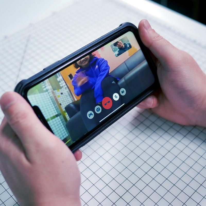 Kebbi Air S – Robot Creator 機器人組裝套件 視訊通話 可與手機 App (玩轉基地) 進行遠端視訊通話,還可以進行簡單的動作操作,讓遠端視訊增加更多互動樂趣。