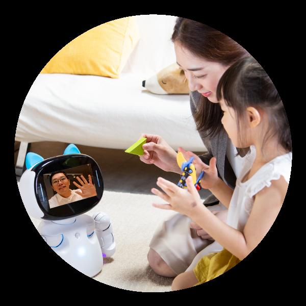 Kebbi Air S 視訊遙控|透過女媧玩轉基地App,隨時能遠端視訊打電話,還能遙控 Kebbi Air S 凱比機器人移動!